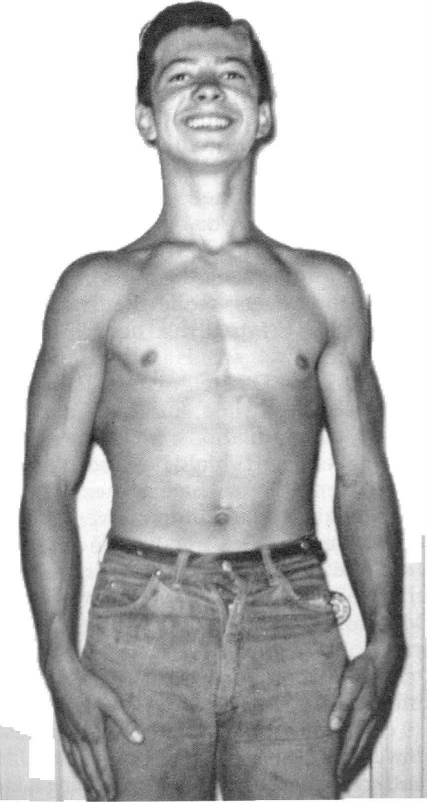 The Tight Tan Slacks of Dezso Ban: Larry Scott on Biceps