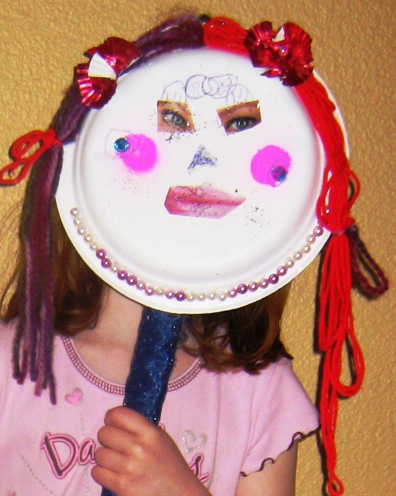 Willamette valley wonder woman craft idea paper plate masks for Craft ideas for women