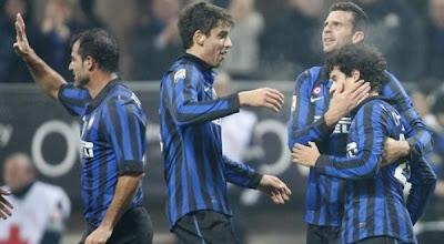 Inter Milan 2 - 1 Cagliari (1)