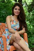 New actress Aarti Chhikara glam pics-thumbnail-18
