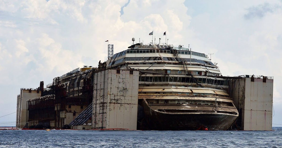 They Pulled A Sunken Cruise Ship From Underwater And The Inside Is