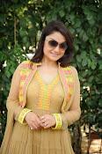 Sonia Agarwal latest glam pics-thumbnail-23