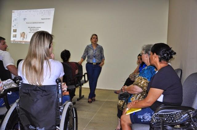 A palestrante Ana Paula Peguim, gestora do Programa de Acessibilidade do Sebrae-SP