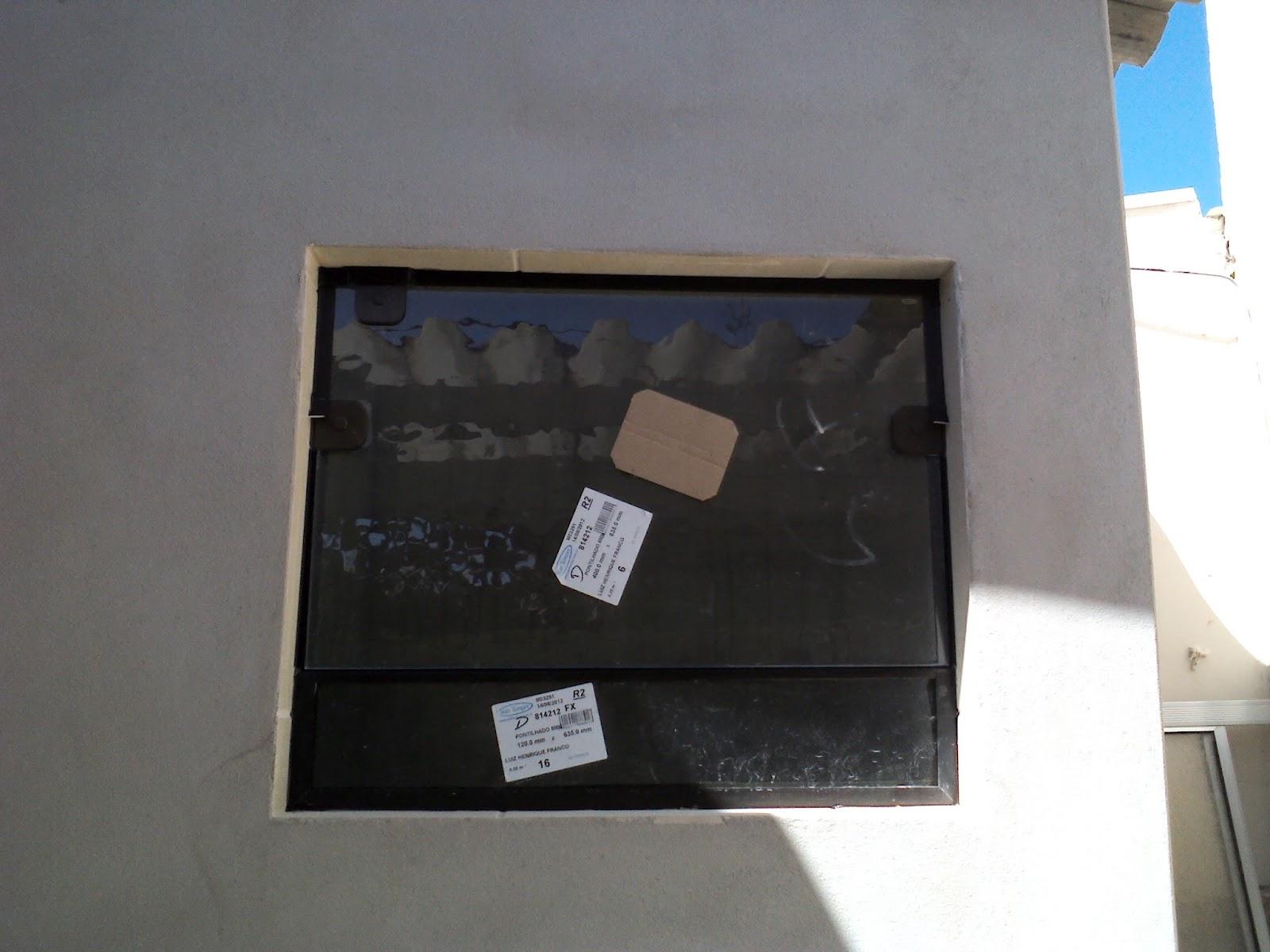 #0A7BC1 FRANCO VIDROS TEMPERADOS: Obra em Ourinhos  38 Janelas De Vidro Cor Bronze