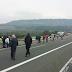Νεκροί σε καραμπόλα δεκάδων οχημάτων στην Εγνατία -Τραγικές σκηνές στον οδικό άξονα