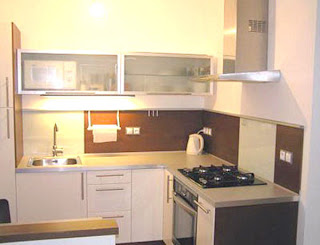 small square kitchen design