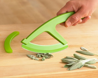 Cool Herbs and Vegetable Cutters (15) 12