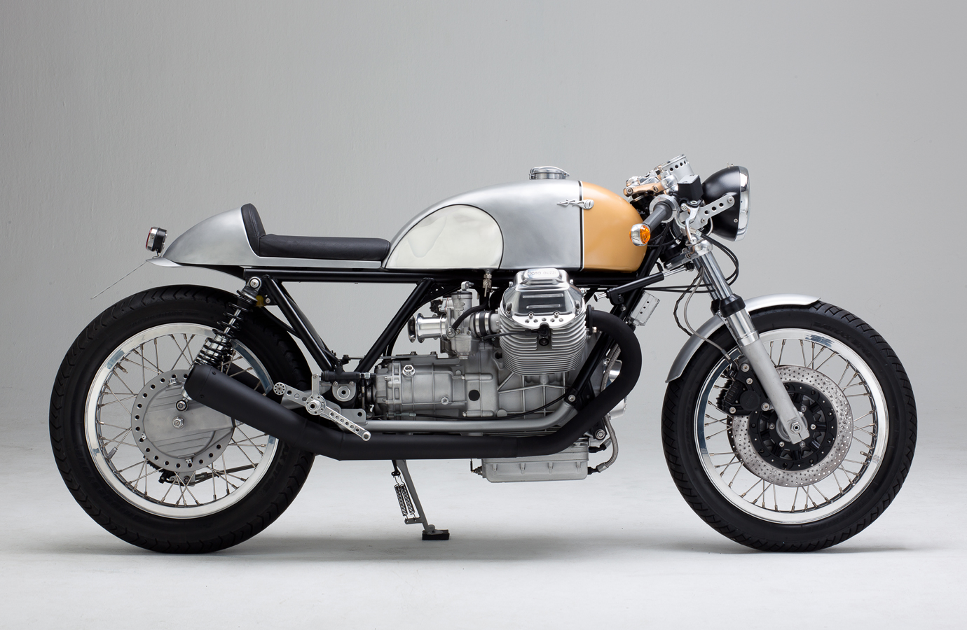 racing caf moto guzzi le mans iii maschine 7 by kaffeemaschine. Black Bedroom Furniture Sets. Home Design Ideas
