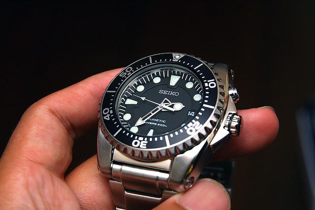 blog de montres revue de la montre seiko kinetic diver ska371p. Black Bedroom Furniture Sets. Home Design Ideas