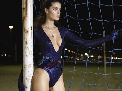 Isabeli Fontana Fantastic Wallpaper