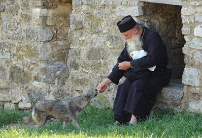 diaforetiko.gr : LYKOS Όταν ο άνθρωπος έχει μέσα του το Θεό…