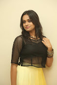 Geetha bhagath dazzling photos gallery-thumbnail-11