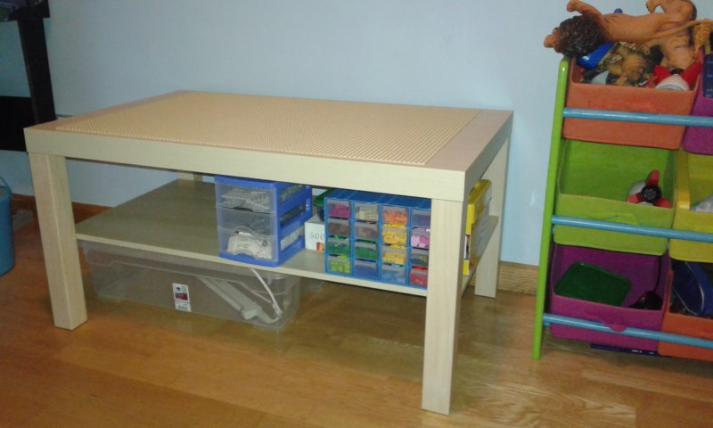 Els nostres moments mesa lego for Muebles lego
