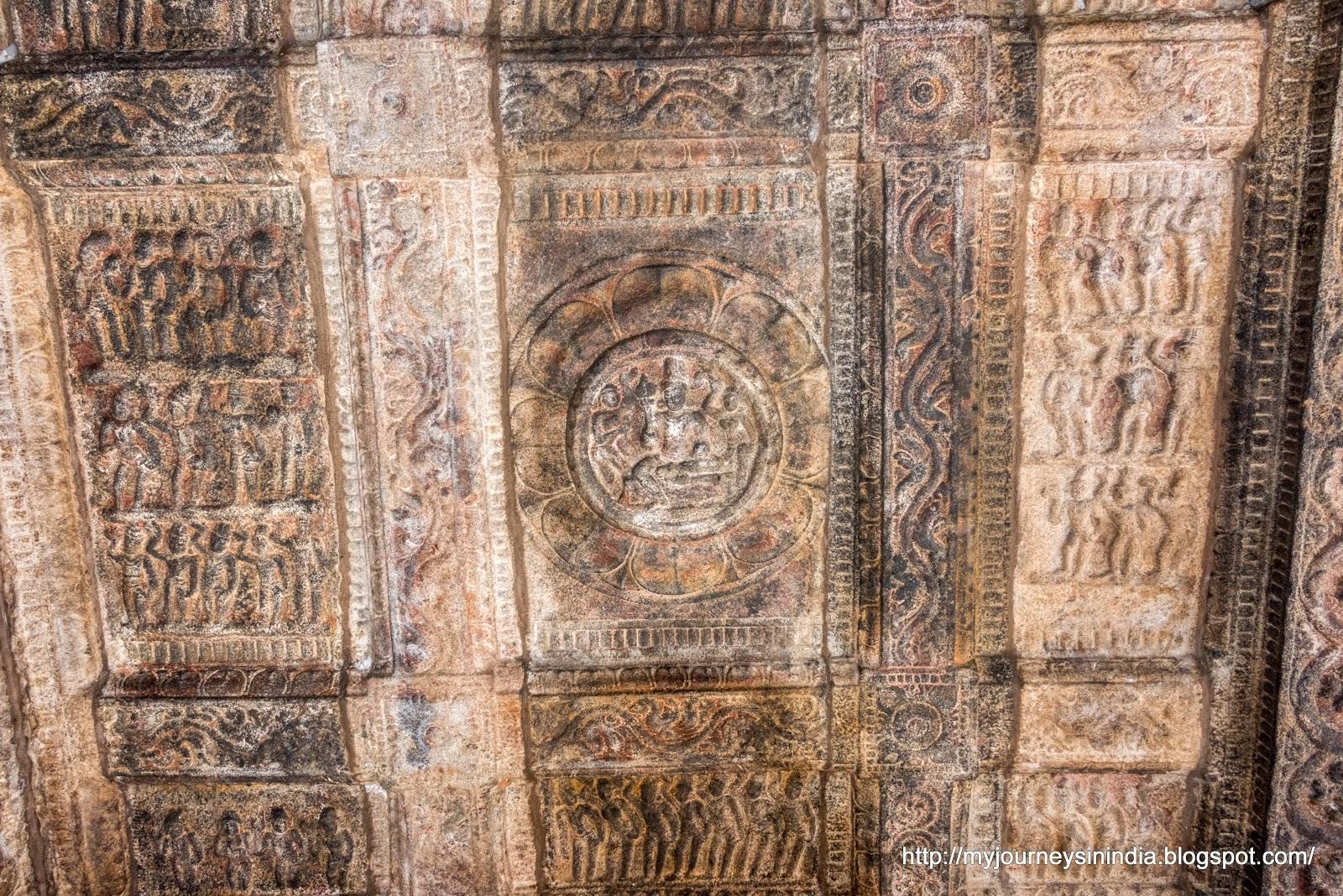 Darasuram Roof carvings