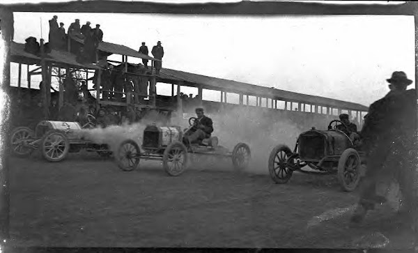 Racing at Marysville, Kansas, 1911