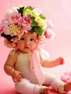 Foto bayi perempuan lucu banget