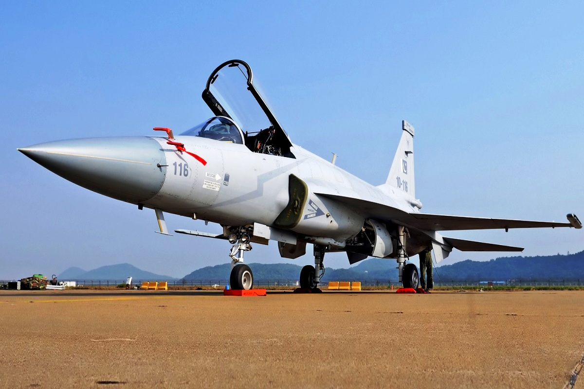 JF-17 Thunder Wallpaper 2