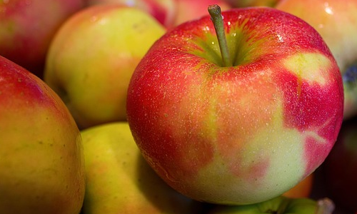 Healthy foods like apples are something you should eat for energy.