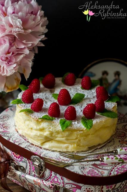 http://przepisy-aleksandry.blogspot.co.uk/2013/07/sernik-japonski.html