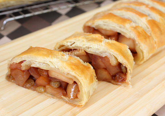 My Kitchen Snippets: Apple Strudel
