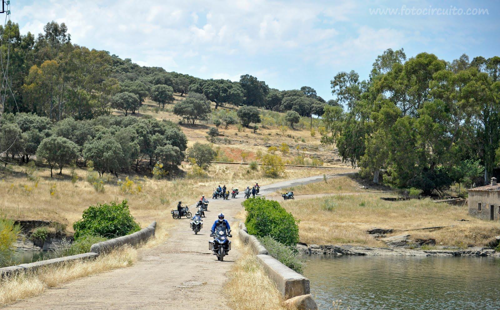 BOREALIS MOTO TOURS