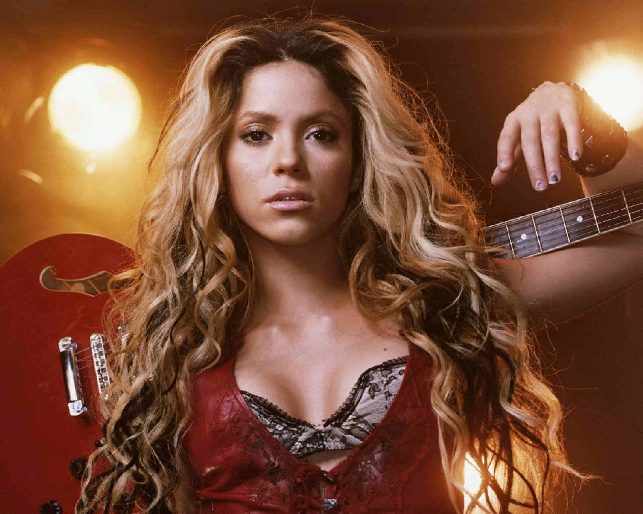 Shakira and Pitbull 'Get It Started' mention Manila on Lyrics Listen to MP3