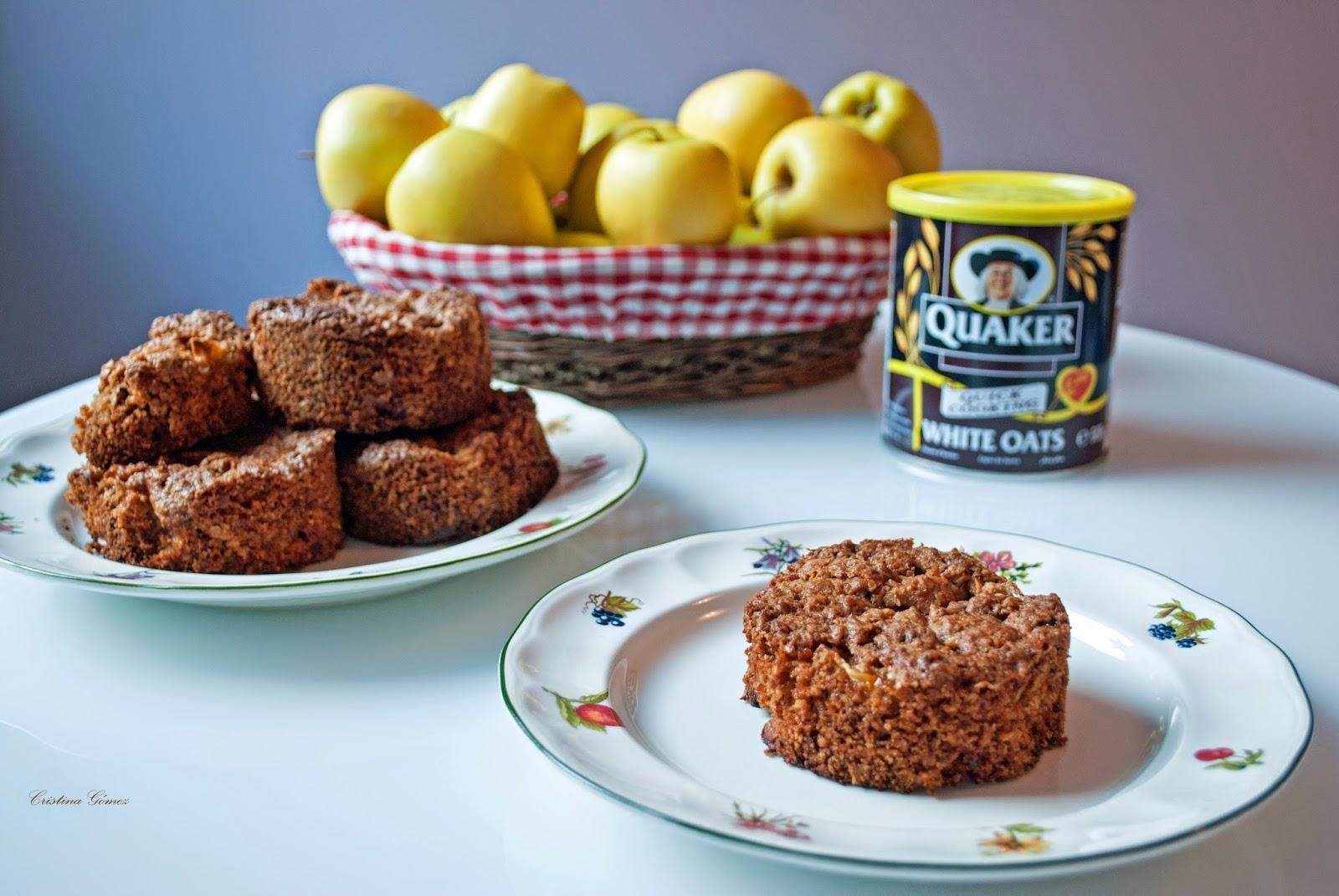 Mondays We Cook: Oatmeal, Apple & Cinnamon Cookies