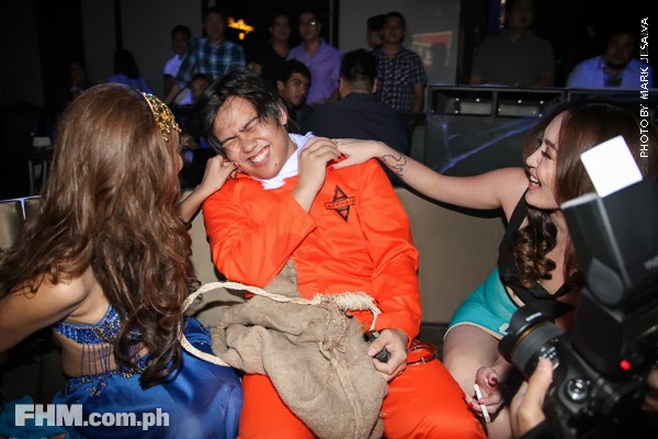 bangs garcia and danita paner kissing a scarecrow at 2013 fhm halloween ball 05