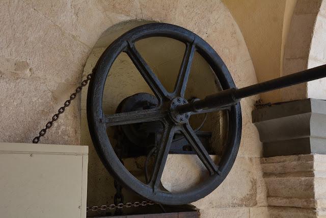 Basilica Notre-Dame de la Garde Marseille wheel