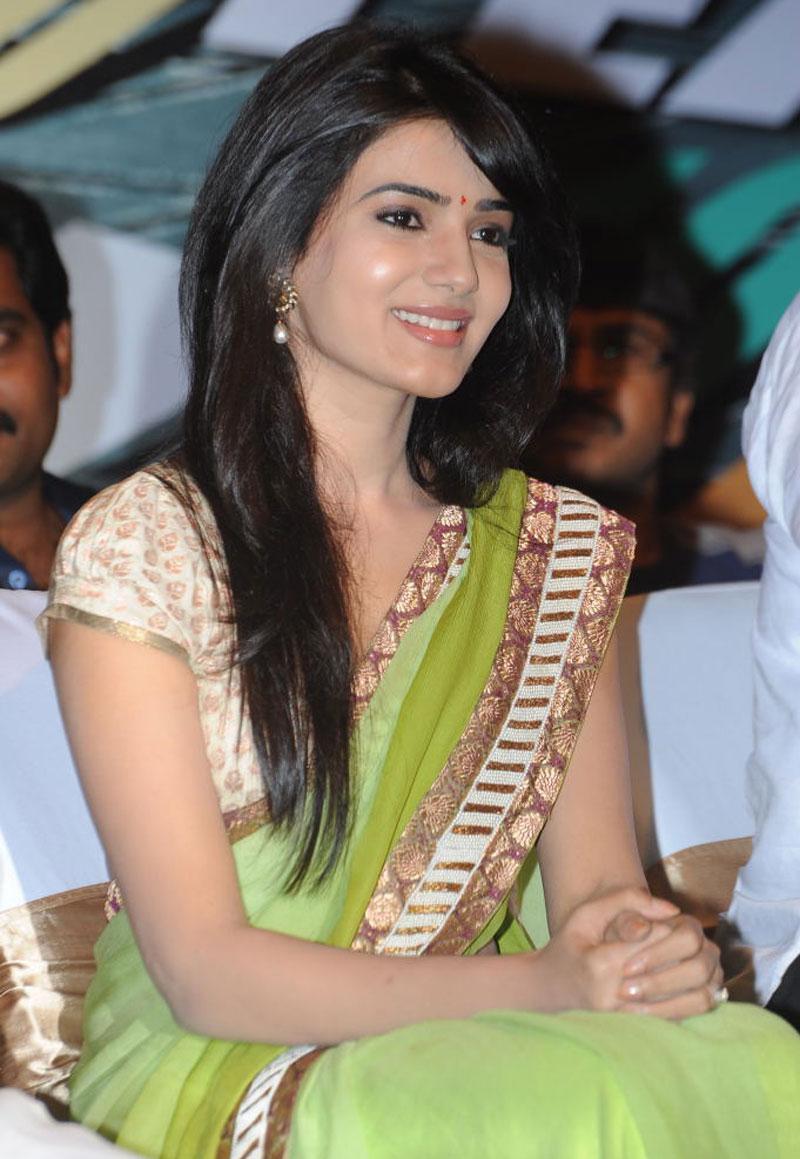 Free download samantha ruth prabhu hot look saree still full size