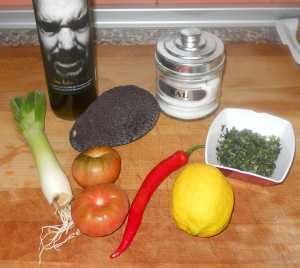 Ingredientes para la ensalada pico de gallo.