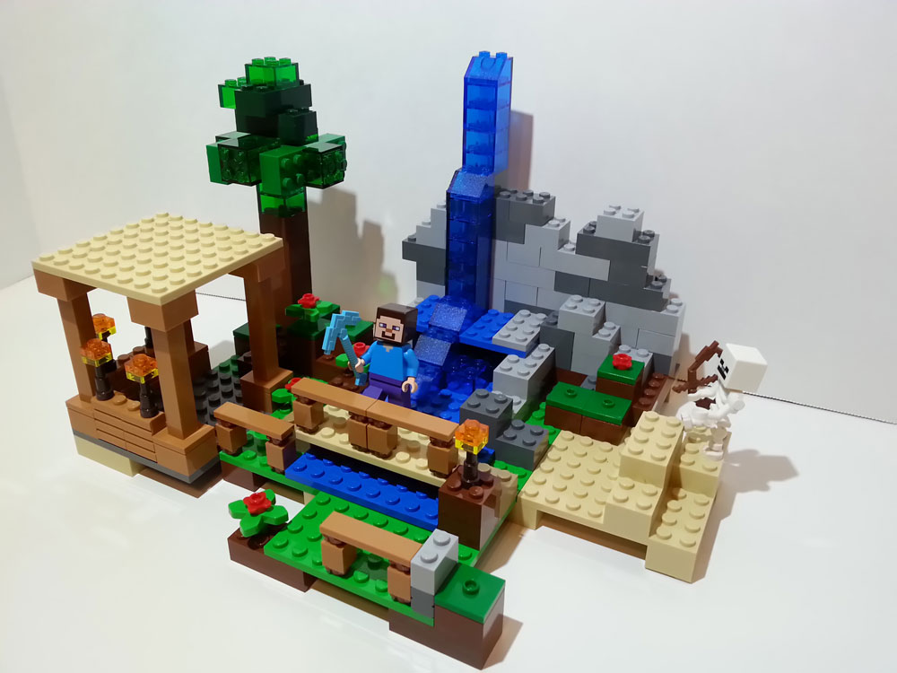 Toys and bricks lego minecraft crafting box review for Crafting and building 2