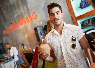 Kipling's experiential pop-up launches on Lincoln Road with a performance from Mike Deleasa