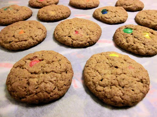 Crunchy oatmeal M&M's chocolate chip cookies