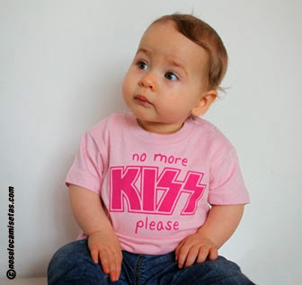 http://www.nosolocamisetas.com/camiseta-no-more-kiss-please