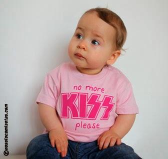 http://www.nosolocamisetas.com/camiseta-no-more-kiss-please
