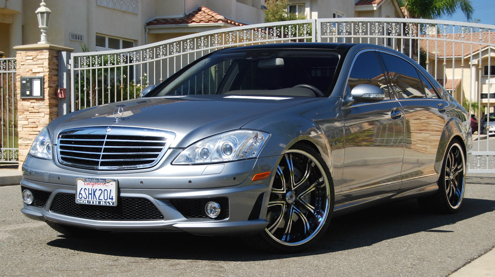 Mercedes benz w221 s63 amg on 22 asanti wheels benztuning for Mercedes benz wheels rims