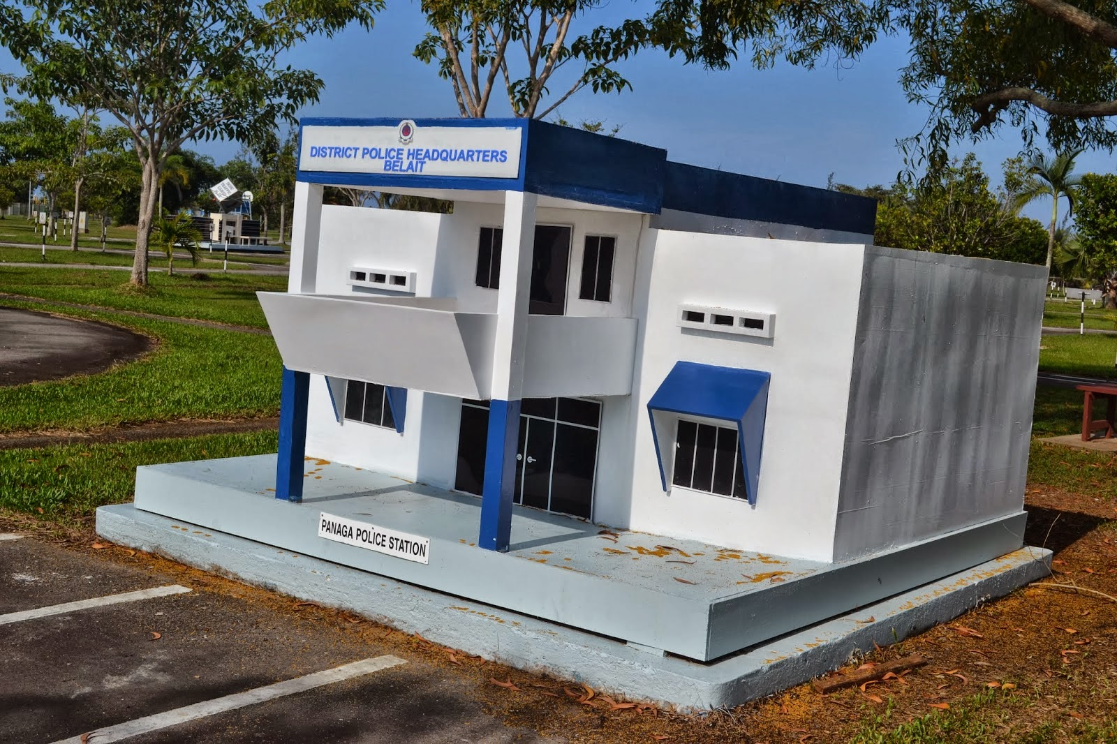 Replica head Police office of Kuala Belait