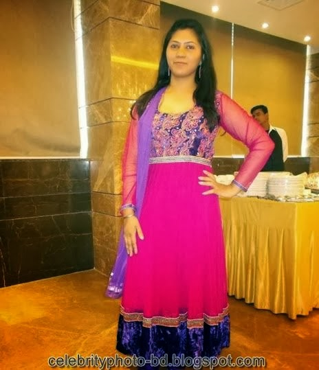 Deshi+girl+real+indianVillage+And+college+girl+Photos071