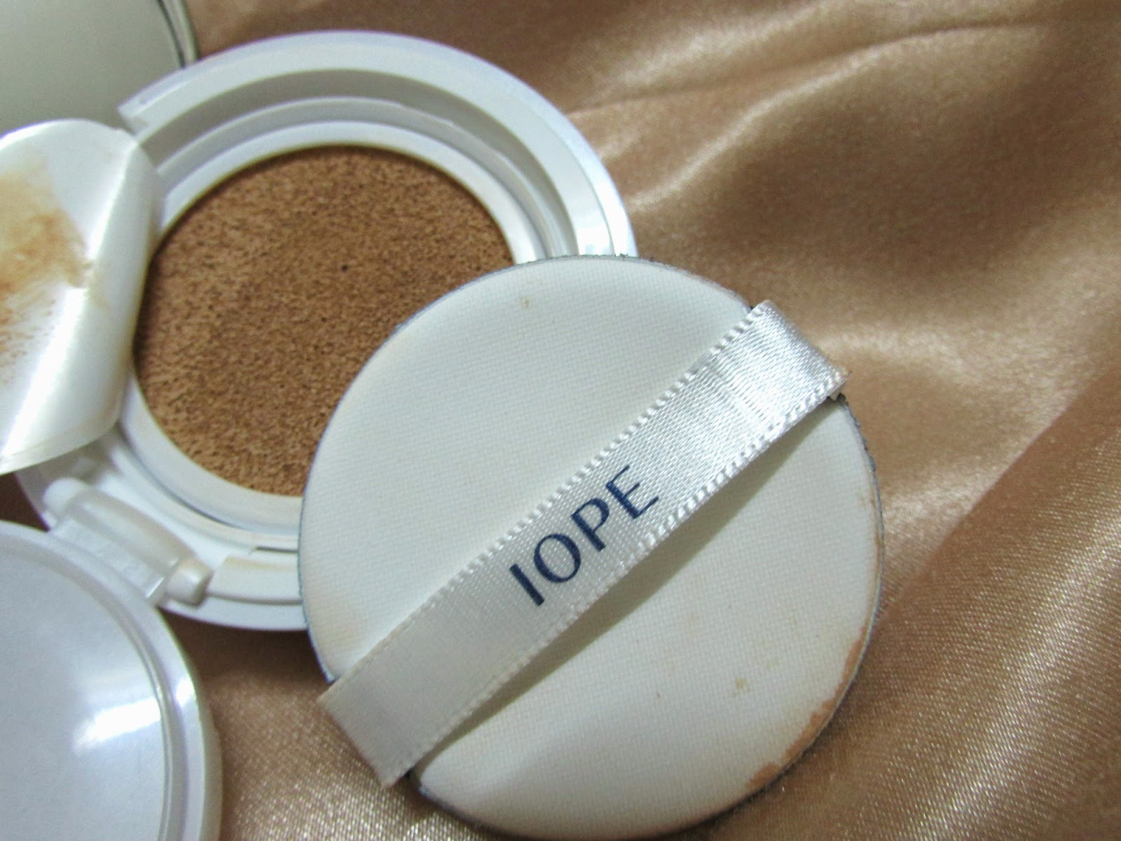 IOPE Air Cushion Foundation review price, best Air , how to use Cushion Foundation, korean makeup, korean makeup online, best foundation for summer and spring, natural looking foundation, IOPE cosmetic, Cushion Foundation india onlinebeauty , fashion,beauty and fashion,beauty blog, fashion blog , indian beauty blog,indian fashion blog, beauty and fashion blog, indian beauty and fashion blog, indian bloggers, indian beauty bloggers, indian fashion bloggers,indian bloggers online, top 10 indian bloggers, top indian bloggers,top 10 fashion bloggers, indian bloggers on blogspot,home remedies, how to