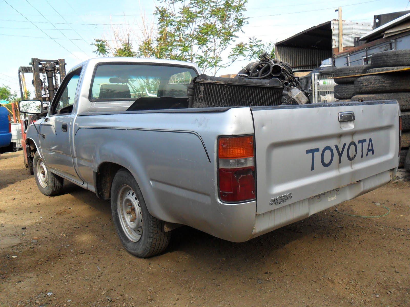 1991 Grey Toyota Pickup 4x2