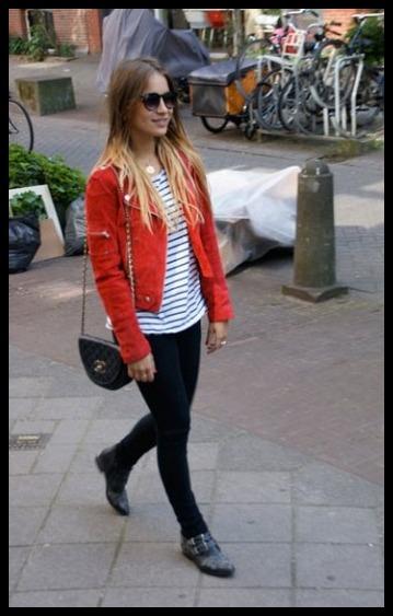 Outfit cazadora cuero roja