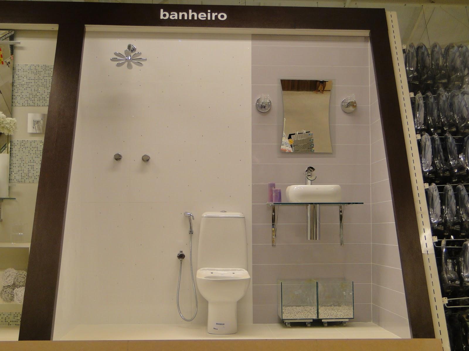 Eu fui um dos profissionais convidados. Criei para a loja o Banheiro  #7C6943 1600 1200