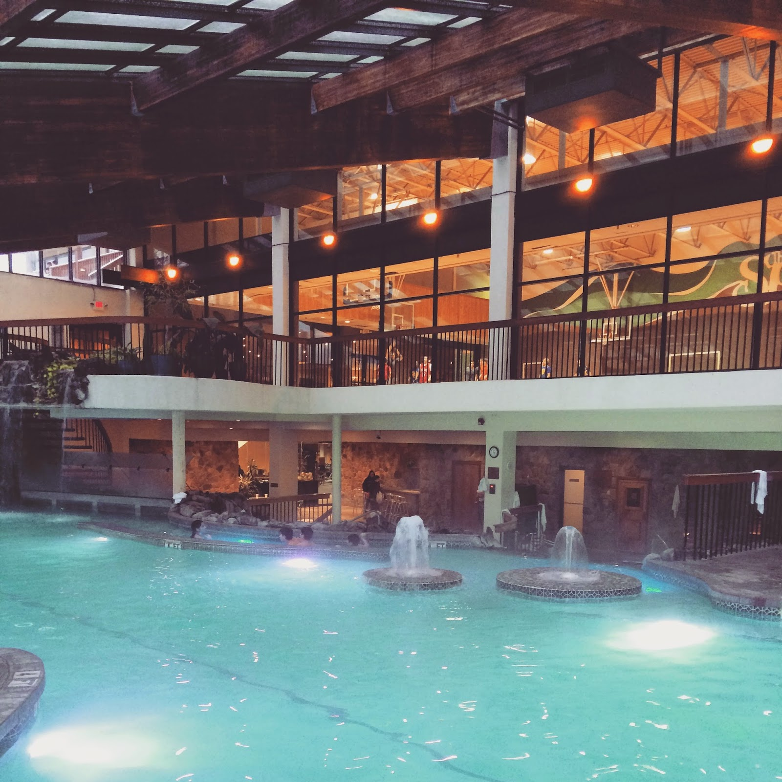 Grand Cascades Lodge Is A Bit Fancier No Basketball Tennis Or Arcade Room And It Has More Dining Options Biosphere Pool With Slide Which One