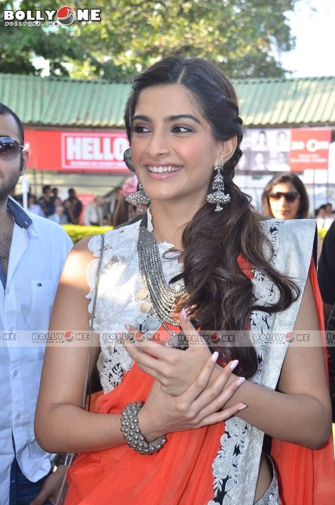 Kareena Kapoor Se Images Of Heroine Karishma Celebrity