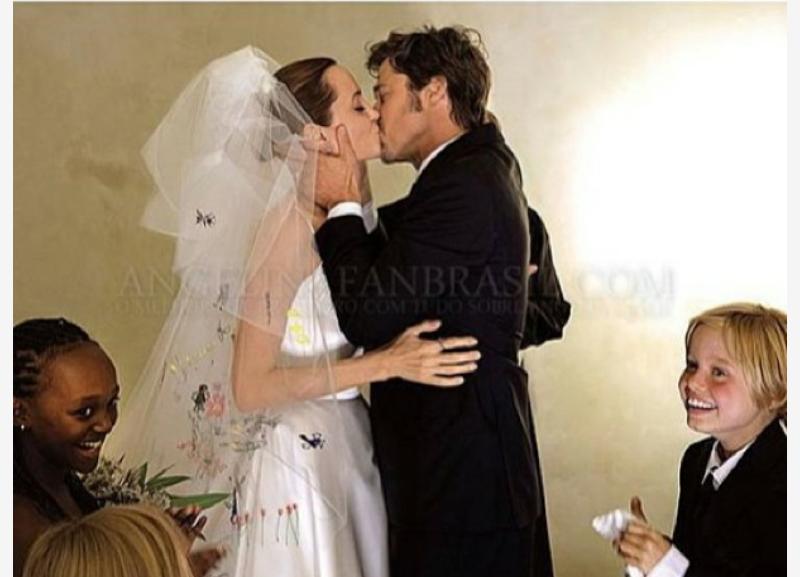 Angelina Jolie Amp Brad Pitts Wedding