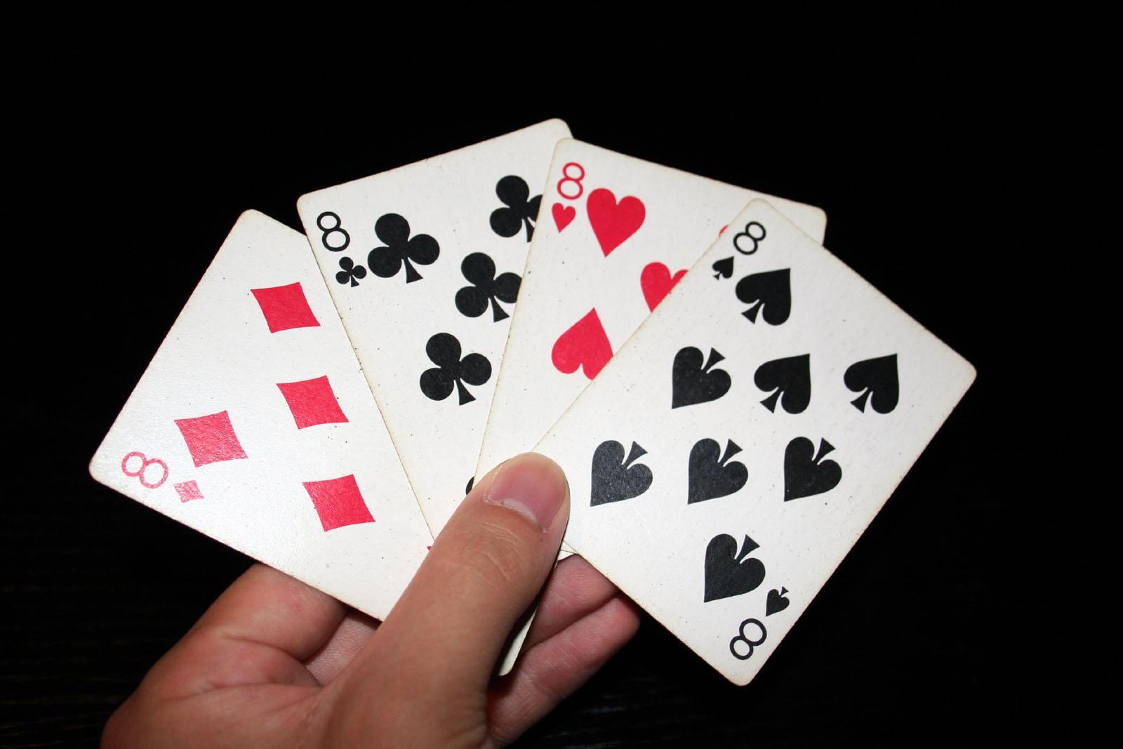 8 decks playing cards