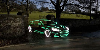 light graffiti aston martin