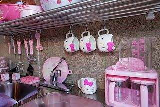 Stories from her.: Just another Hello Kitty maniac