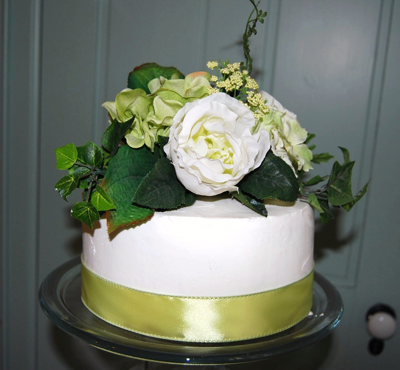 Define Your Sign How To Make A Three Tiered Wedding Cake